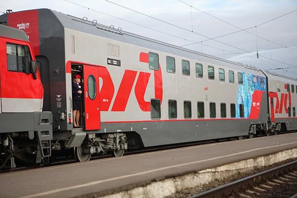 Двухэтажный поезд Москва-Питер