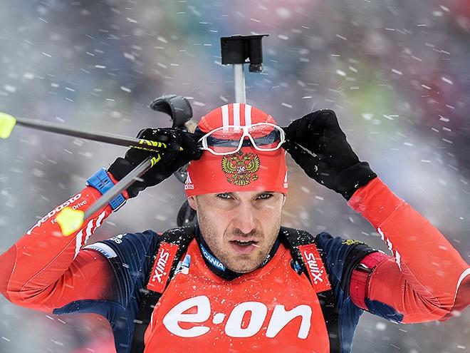 Гараничев завоевал бронзу в масс-старте а Малышко промахнулся 5 раз