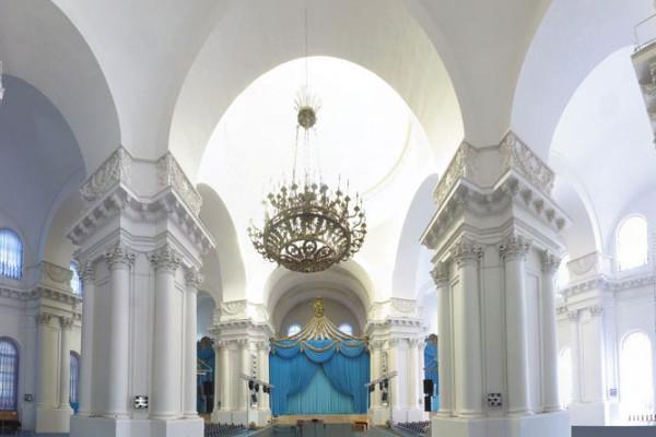 Фасады икупола Смольного храма отреставрируют впервом месяце зимы