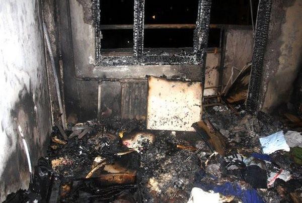 Мужчину спасли изгорящей квартиры наКраснопутиловской