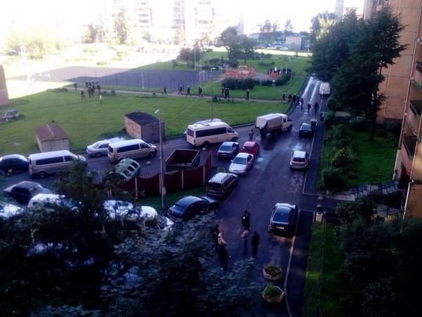 В социальных сетях докладывают овзрывах впроцессе специализированной операции вПетербурге